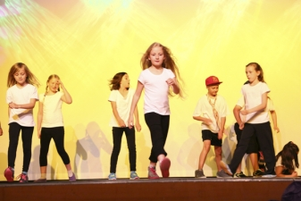 Youngstars Show 2014_8
